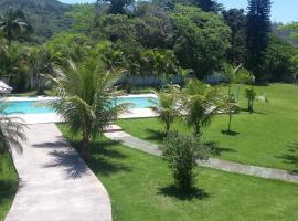 Quarto e piscina VG