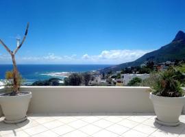 Camps Bay RETRO BLUE Views!!!