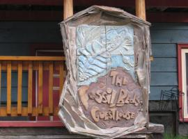 Fossil Beds Guesthouse, Филд