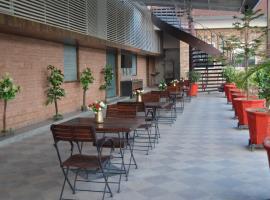 Shivam Palace And Resort