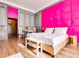 Bright Prague Castle Apartments