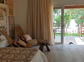 Coconut Grove Lodge
