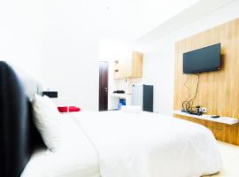 Comfy Studio Room Serpong Green View Apartment By Travelio