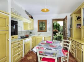 Saint-Saturnin-les-Apt Villa Sleeps 6 Pool T238442
