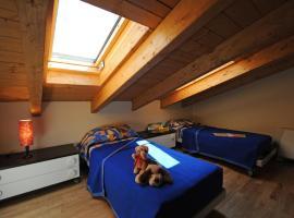 Argegno Apartment Sleeps 8 Pool T421318