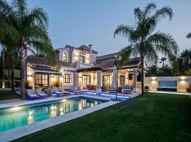 Large Modern Luxury Villa with beautiful pool
