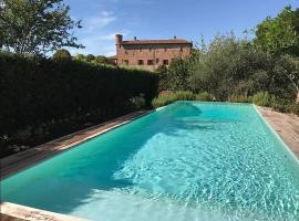 Bruno Villa Sleeps 10 Pool WiFi