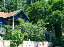 Khách sạn Vạn Thông