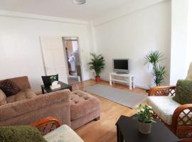 4 Bedroom Apartment in Kilburn with Private Balcony