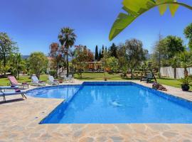 Alhaurin de la Torre Villa Sleeps 6 Pool Air Con