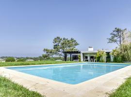 Gouveia Villa Sleeps 8 Pool Air Con WiFi