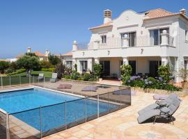 Sagres Villa Sleeps 10 Pool Air Con WiFi T677891