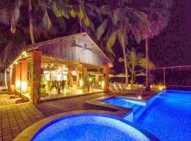 River Roost Resort