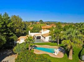 Carvoeiro Villa Sleeps 14 Pool Air Con