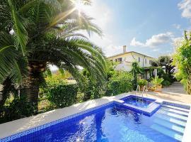 es Barcares Villa Sleeps 10 Pool WiFi