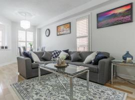 Luxury House close to Sheridan College