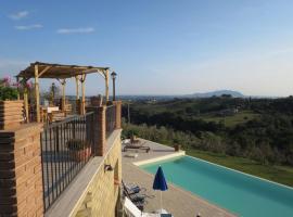 Collepietro Apartment Sleeps 10 Pool Air Con WiFi