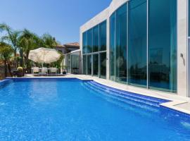 La Quinta Villa Sleeps 6 Pool Air Con WiFi