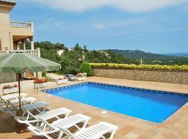 Montbarbat Villa Sleeps 12 Pool WiFi