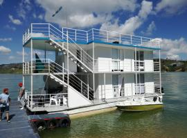 Casa Flotante guide2fly