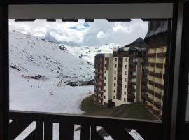 Val Thorens 5 Person Studio Ski-in/Ski-out 26m2