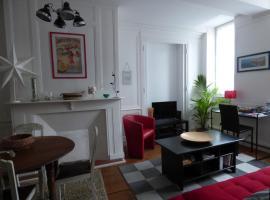 Appartement Quartier Historique à 100m de la mer