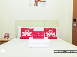 ZEN Rooms Charisma Hotel