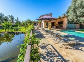 Pollenca Villa Sleeps 5 Pool Air Con WiFi