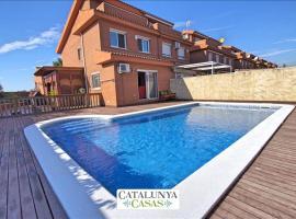 Reus Villa Sleeps 8 Pool Air Con