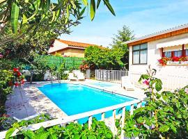 El Mas den Bosc Villa Sleeps 9 Pool WiFi