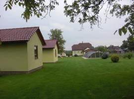 Chatky v Českém ráji, Nemyčeves (Vysoké Veselí yakınında)