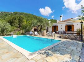 Ditropos Villa Sleeps 4 Air Con WiFi