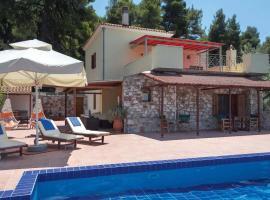 Ditropos Villa Sleeps 6 Air Con WiFi