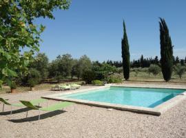 Saint-Gilles Villa Sleeps 6 Pool WiFi