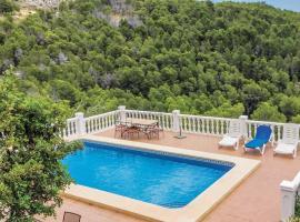Bernia Villa Sleeps 5 Air Con WiFi