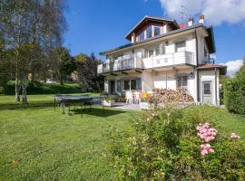 Lanzo d'Intelvi Villa Sleeps 9