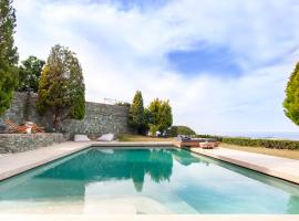 Lygaria Villa Sleeps 4 Pool