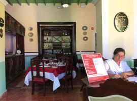 Hotel E La Calesa