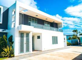 Aquaville - Modern Apartment near the beach 3BDR (Apt 5)