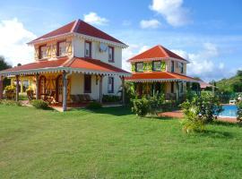 Villa avec piscine partagée (MQSA19)