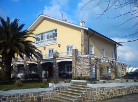 Hotel Regueiro, Tox (Cabrafigal yakınında)