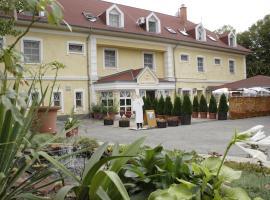Aranysas Hotel és Bungalows Alsóörs