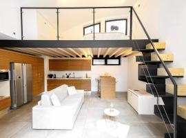 Design Central Apartment