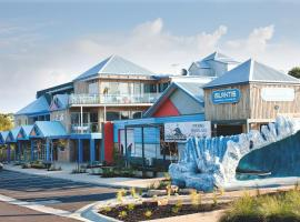 The Island Accommodation, Newhaven (Near San Remo)