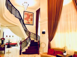 Goldridge Estate 5-Bedroom House