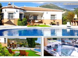 The best available hotels & places to stay near El Cerro, Spain