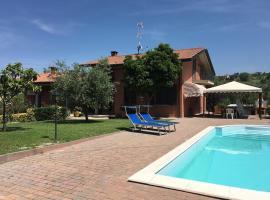 Villa in collina con piscina a 10km da Rimini