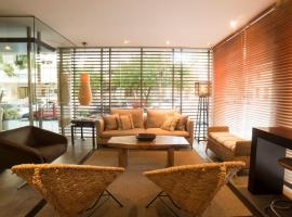 27 Suites Apart Hotel