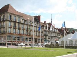 La Marina, Caudebec-en-Caux (рядом с городом Saint-Arnoult)