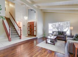 Elegant And Spacious 4Br Home In Union City! Home